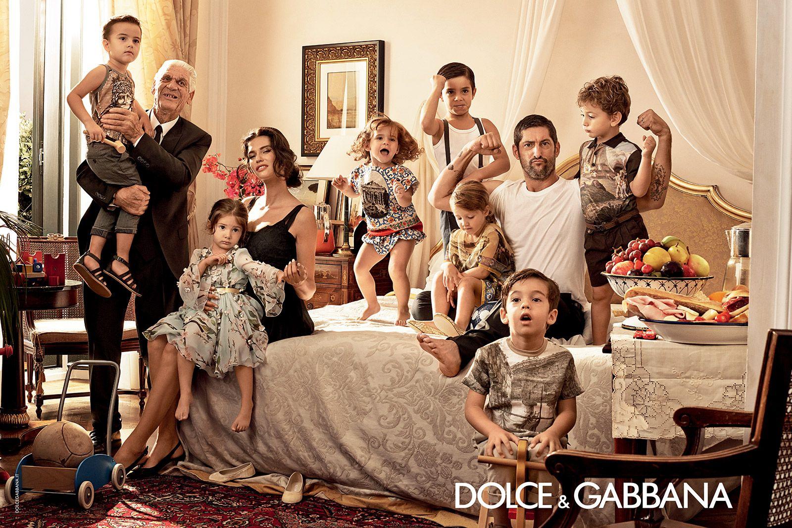 Familie in der Fashion Anzeige